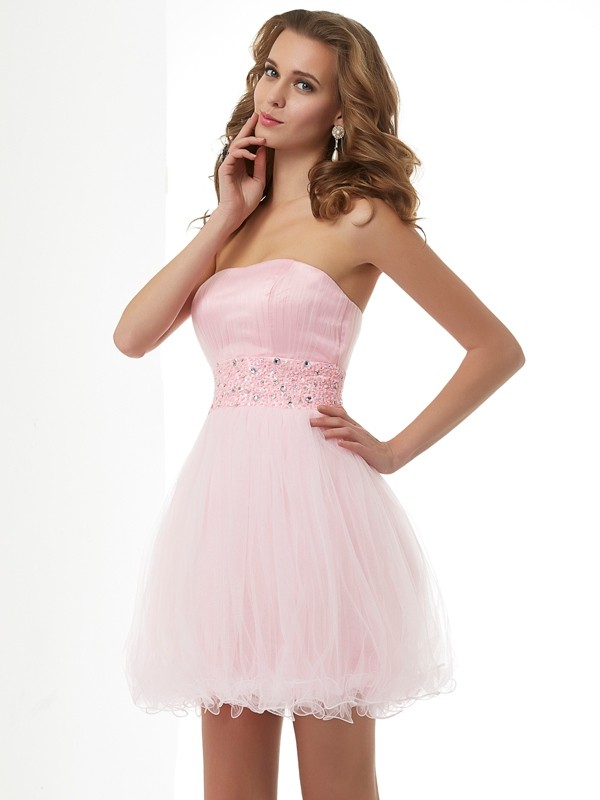 Elegant Sheath Sweetheart Short Elastic Woven Satin Homecoming Dress