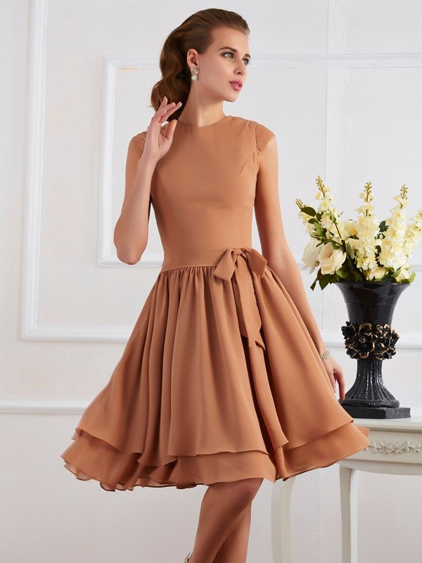 Elegant Sheath High Neck Sleeveless Short Chiffon Bridesmaid Dress