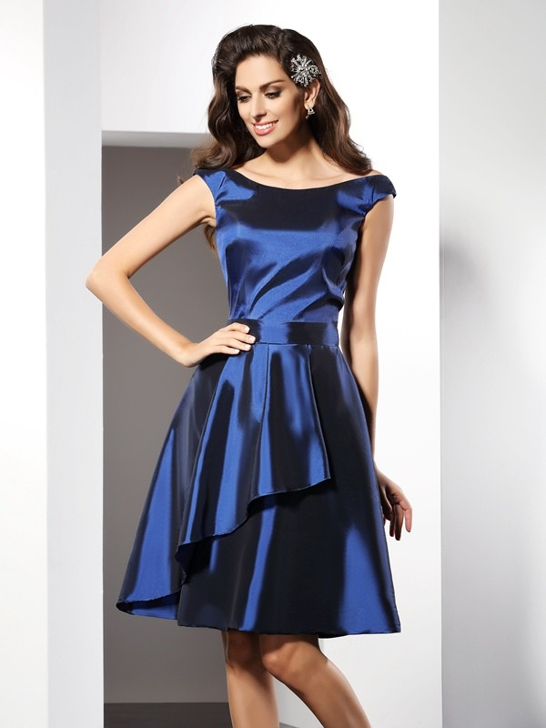 Charming A-Line Scoop Sleeveless Short Taffeta Bridesmaid Dress