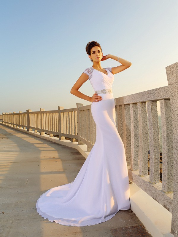 Gorgeous Sheath V-neck Sleeveless Long Chiffon Beach Wedding Dress