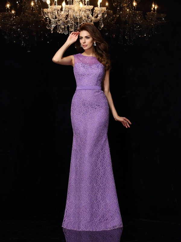 Unique Sheath Scoop Lace Sleeveless Long Satin Dress