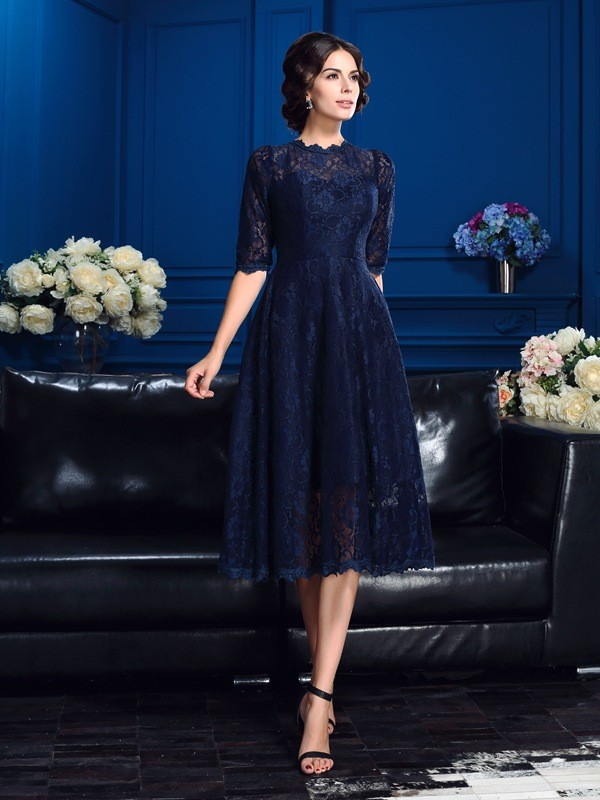 Nice A-Line Jewel Lace 1/2 Sleeves Short Lace Mother of the Bride Dress