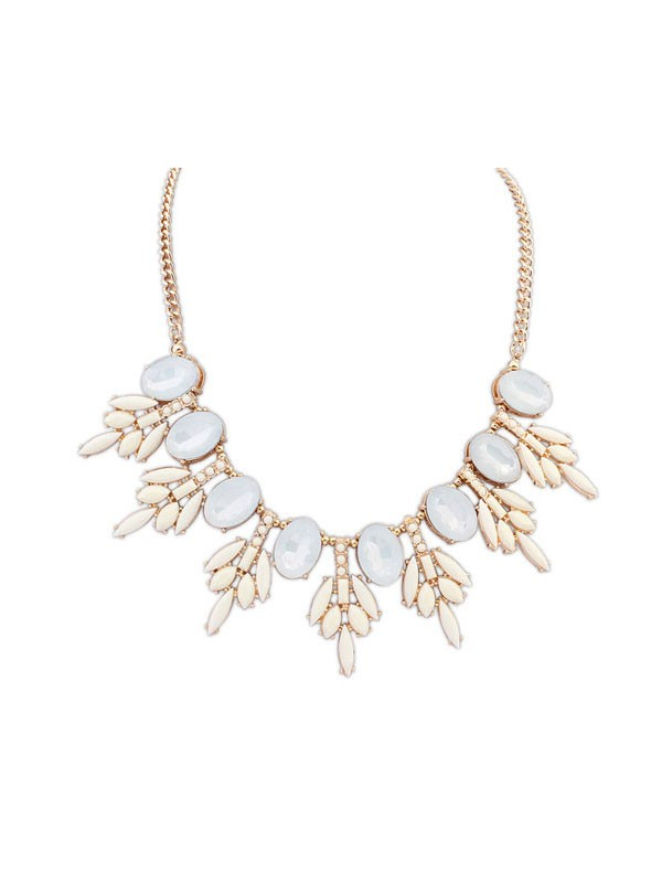 Gorgeous Occident Sweet Street Shooting Necklace
