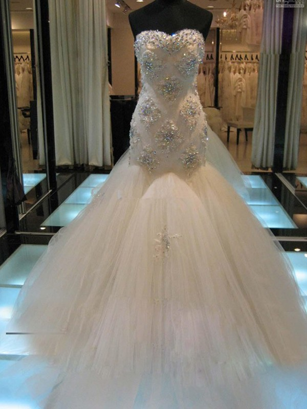 Affordable Mermaid Sleeveless Sweetheart Chapel Train Tulle Wedding Dress