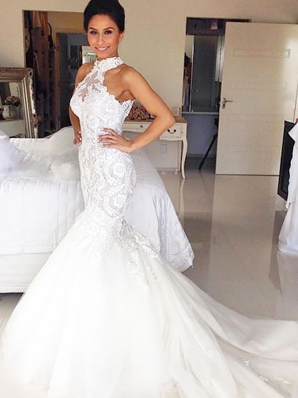 Exquisite Mermaid Halter Court Train Tulle Sleeveless Wedding Dress