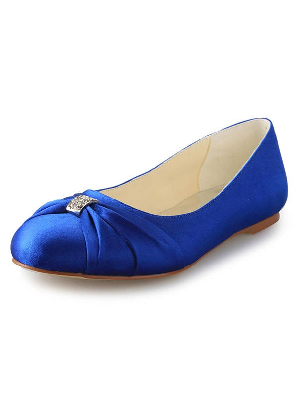 Beautiful Women Flat Heel Closed Toe Satin Flat Shoes