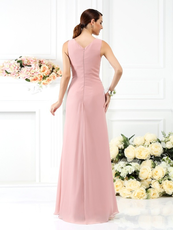 Fashion Sheath V-neck Sleeveless Long Chiffon Bridesmaid Dress
