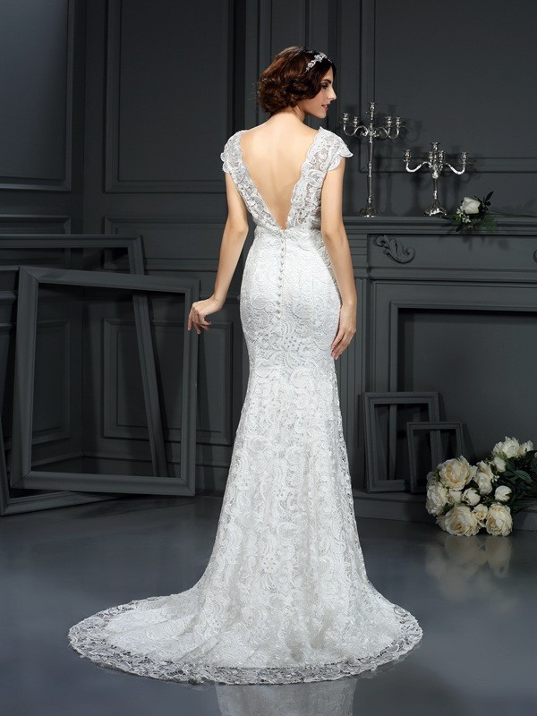 Exquisite Mermaid V-neck Lace Sleeveless Long Lace Wedding Dress