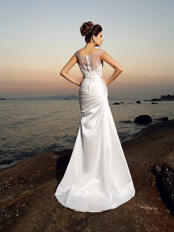 Gorgeous Mermaid Scoop Sleeveless Long Satin Beach Wedding Dress