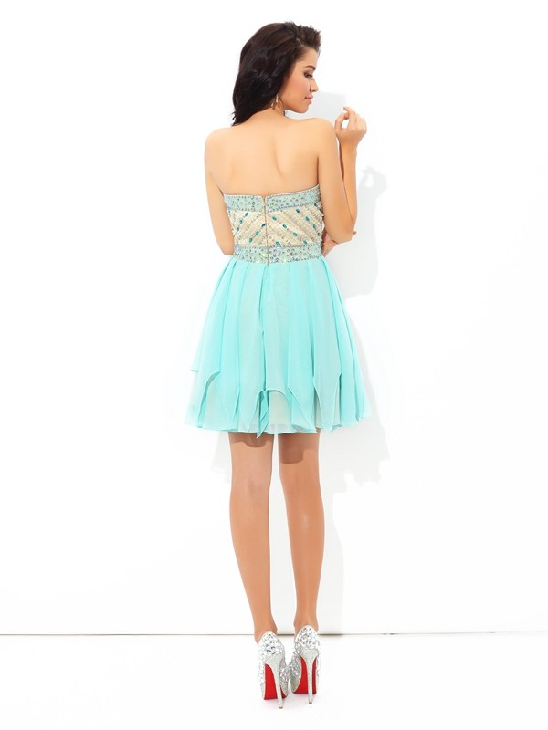 Unique A-Line Sweetheart Short Sleeveless Chiffon Cocktail Dress