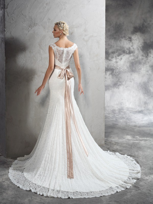 Nice Sheath Sheer Neck Sleeveless Long Lace Wedding Dress