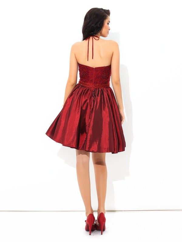 Amazing A-Line Halter Sleeveless Short Taffeta Cocktail Dress