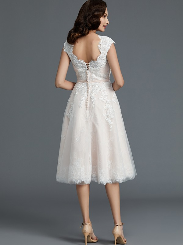 Fancy A-Line Sleeveless Bateau Knee-Length Tulle Wedding Dress