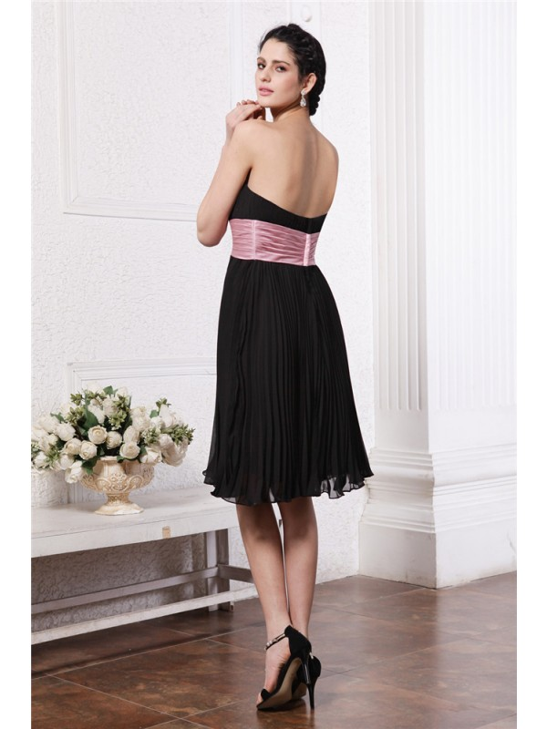 Gorgeous A-Line Strapless Sleeveless Sash Short Chiffon Bridesmaid Dress
