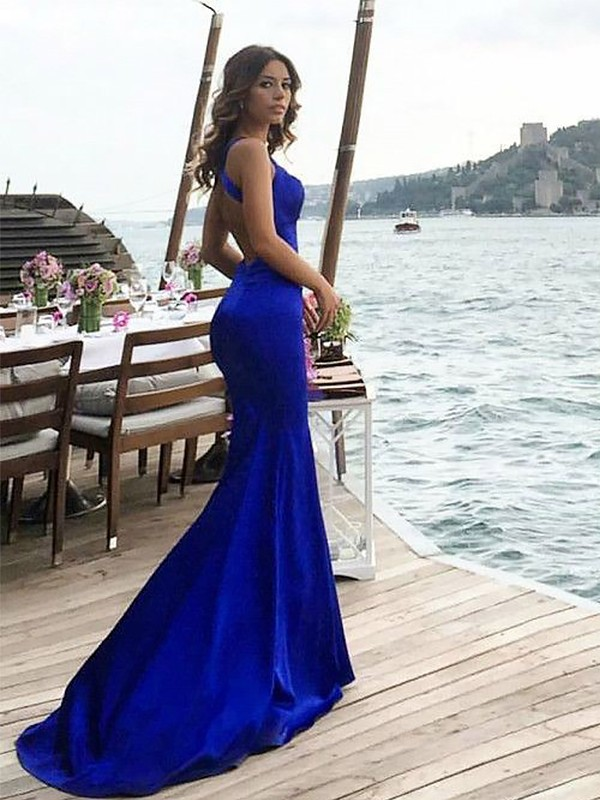 Gorgeous Sheath Halter Sleeveless Sweep/Brush Train Satin Dress