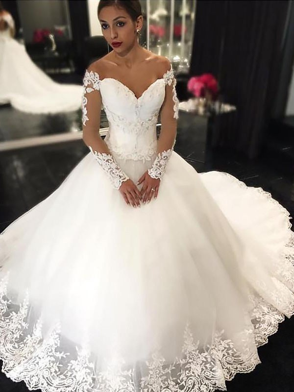 Exquisite Ball Gown Sleeveless Tulle Off-the-Shoulder Court Train Wedding Dress