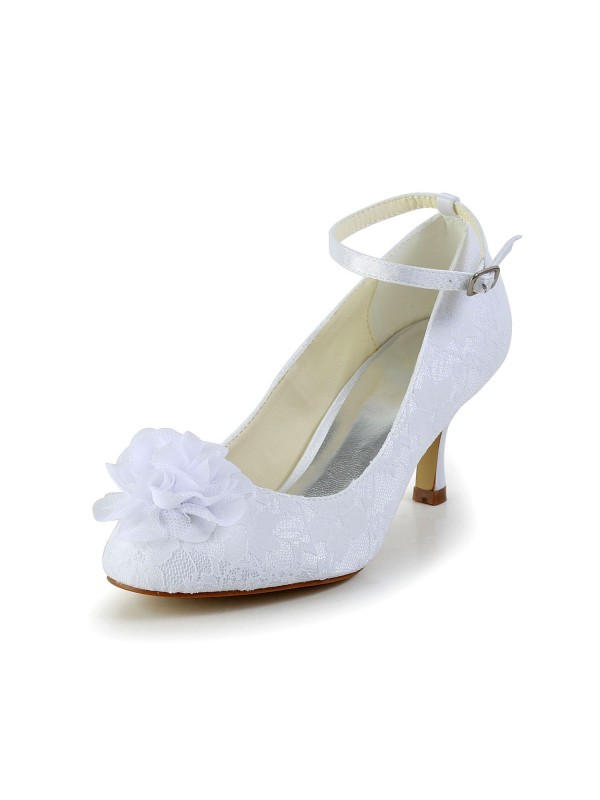 Exquisite Women Satin Closed Toe White Wedding Shoes Flower Buckle