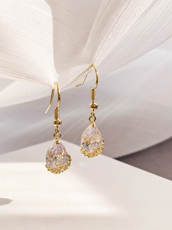New Hot Sale Rhinestone With Water Drop Earrings
