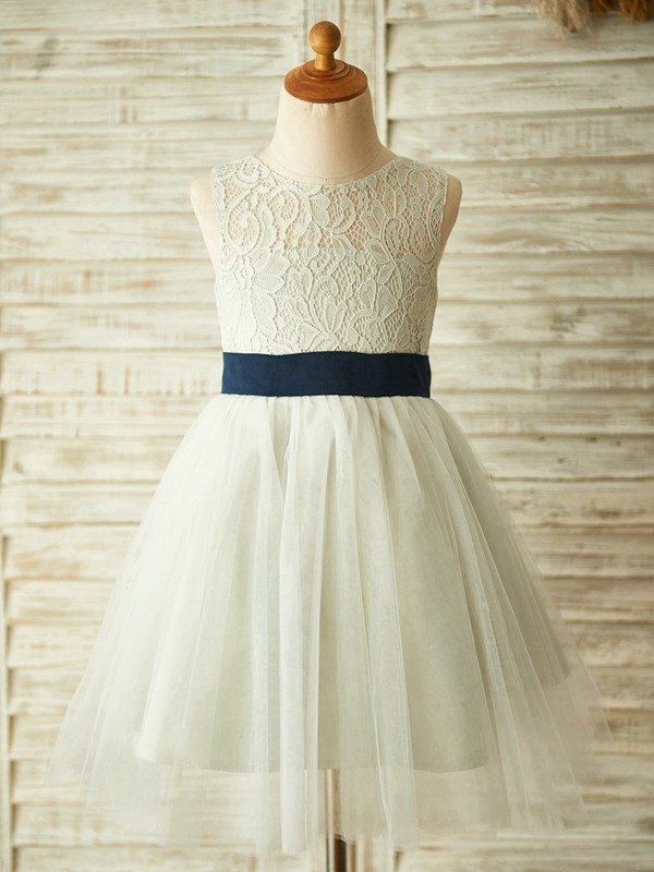 Chic A-Line Tulle Lace Scoop Sleeveless Knee-Length Flower Girl Dress