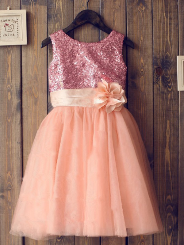 Beautiful A-line Scoop Tulle Knee-Length Flower Girl Dress